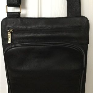 Clark's Black Leather Crossbag New